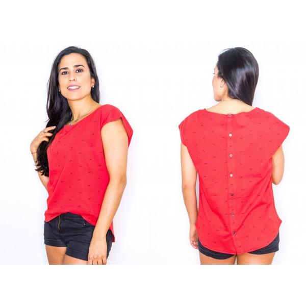 Remera jersey estampado rojo botones en la espalda